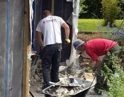 replacing cracked render at Quarry Cottage
